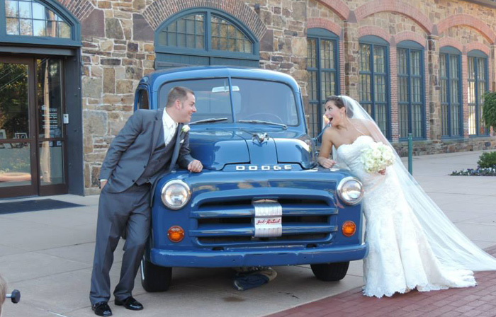 A Vintage Car Wedding