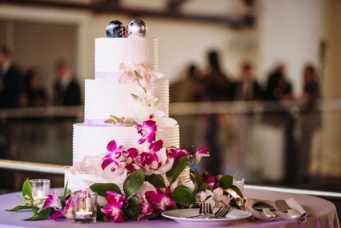 Chang Phoenixville Foundry wedding cake courtesy of Master's Baker
