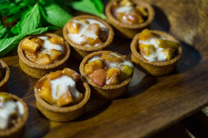 Sweet Menu Options Apple and Cinnamon Tarts